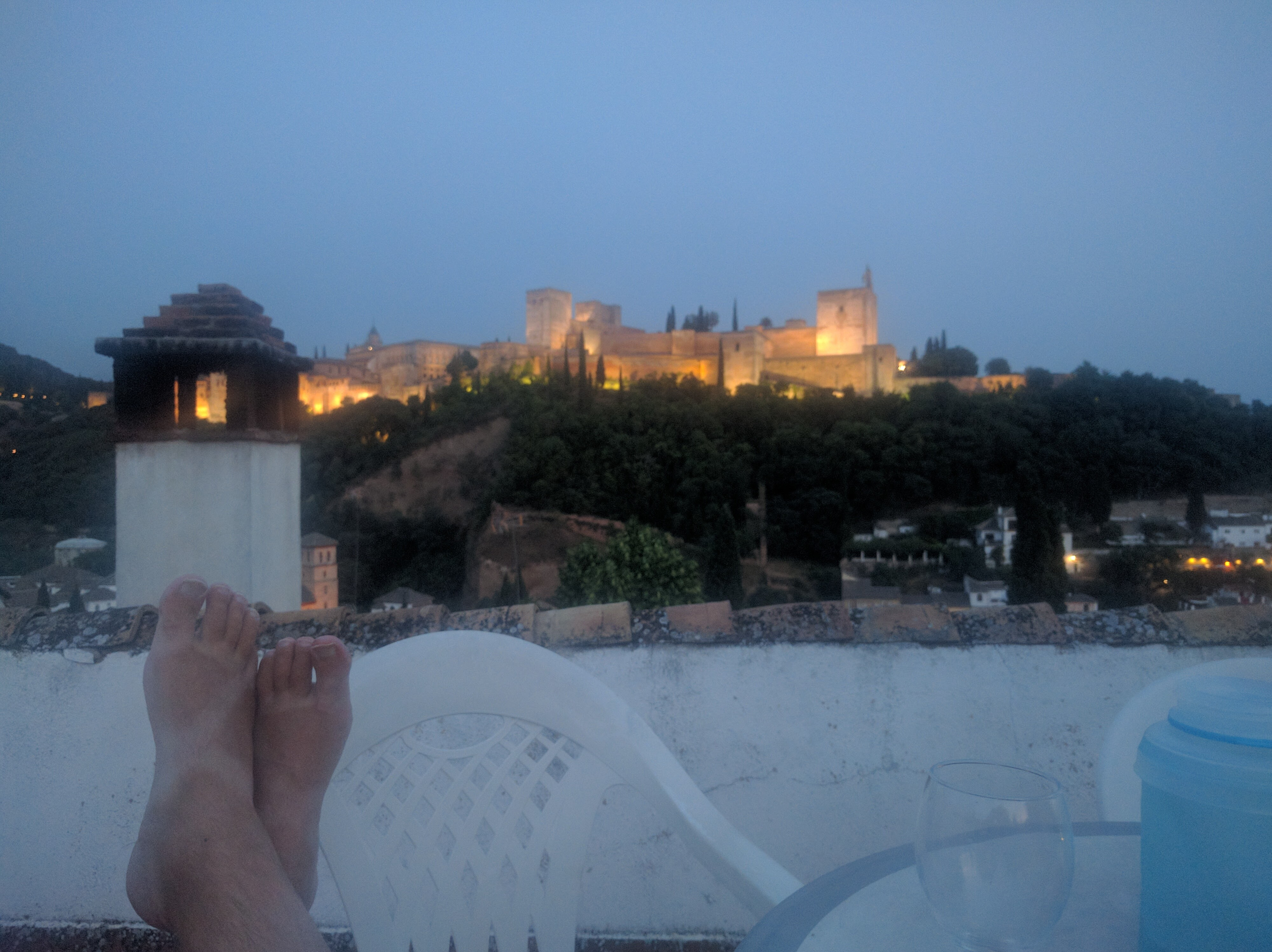 relaxing view of the Alhambra